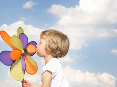 幼儿园提醒:8个自我保护小问答,孩子小学前必须学会!
