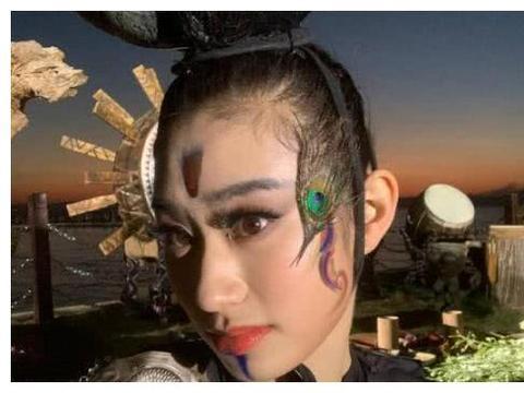 杨丽萍培养新的接班人?那人还是小彩旗的表妹,小彩旗怎么想的?