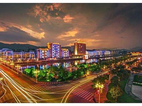 广西一个20万人口小县,从桂林划入梧州,为何至今没有归属感?