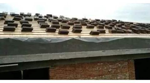 农村建的房子,是做平顶好还是做盖瓦好