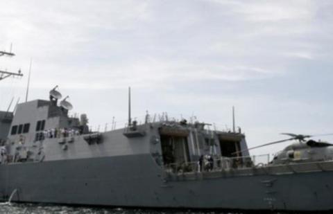 放肆!美国战舰竟闯入中国领海,解放军海空兵力齐出,教训恶棍