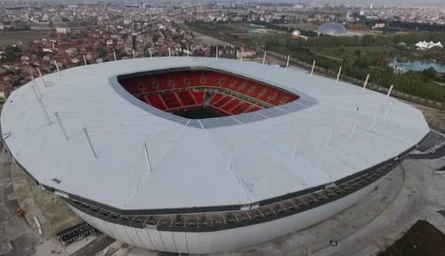伊斯坦布尔欧冠决赛地资格不保?空场比赛为最大障碍 里斯本候补
