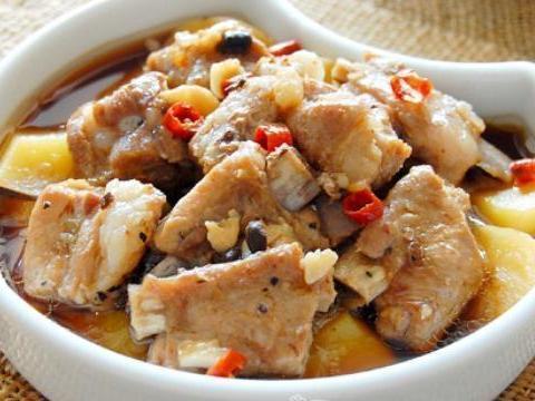 美食推荐:糯香可乐排骨、蒜苗豆腐、开洋丝瓜、豉椒蒸排骨的做法