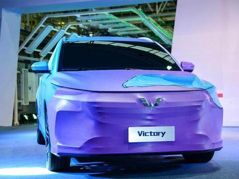 """五菱2200万""""小目标""""达成,推出全球银标,未来五菱将造跑车?"""
