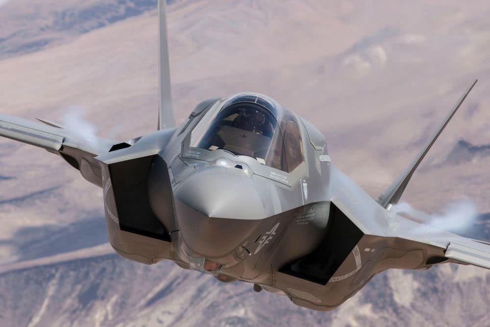 F35再次空袭叙利亚,俄军援助大批四代机,警告以色列开火击落