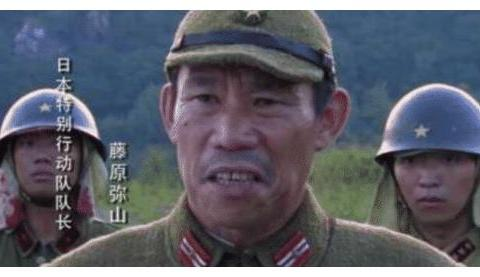 《亮剑》缺演员,一个会说日语的司机毛遂自荐分饰三角,改变人生