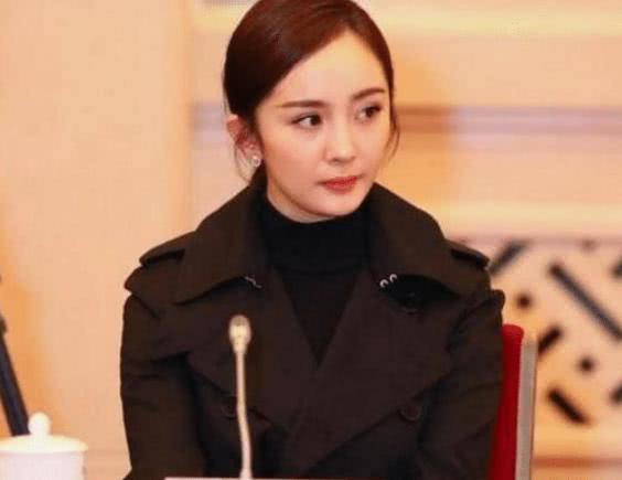 人民大会堂不让化妆,杨幂张艺兴超迷人,看到周星驰的样子好想哭