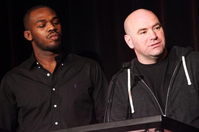 骨头琼斯痛骂白大拿是骗子:会改打拳击,收入将是UFC的好几倍