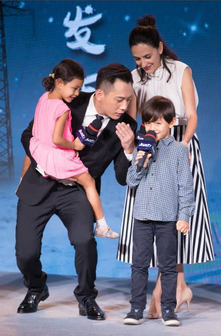 刘烨儿子诺一和林永健儿子大竣时隔5年再同框,直接上了央视新闻