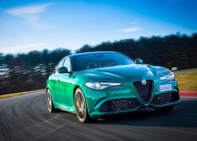2020款阿尔法·罗密欧 GiuliaStelvio四叶草来袭 新填幽冥绿配色
