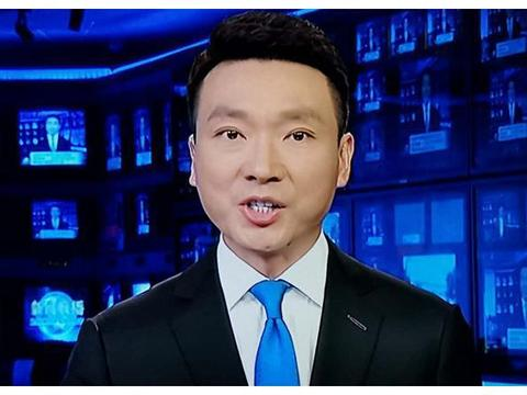 时隔130天,康辉重回《新闻联播》,还是原来的配方熟悉的味道