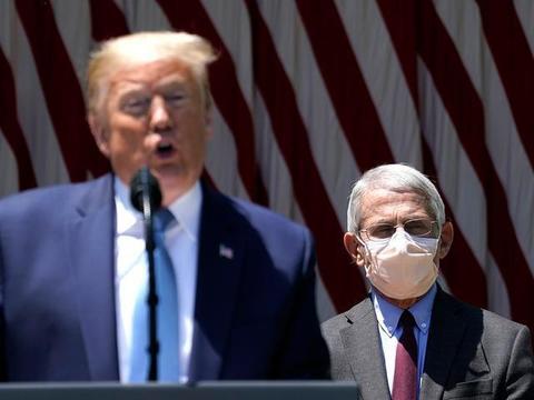 白宫新冠疫情工作组停顿,美媒:福奇已两周没见到特朗普