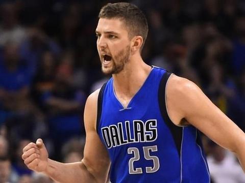 """NBA最大的""""花瓶"""",一刷帅脸就足够成为人生大赢家"""