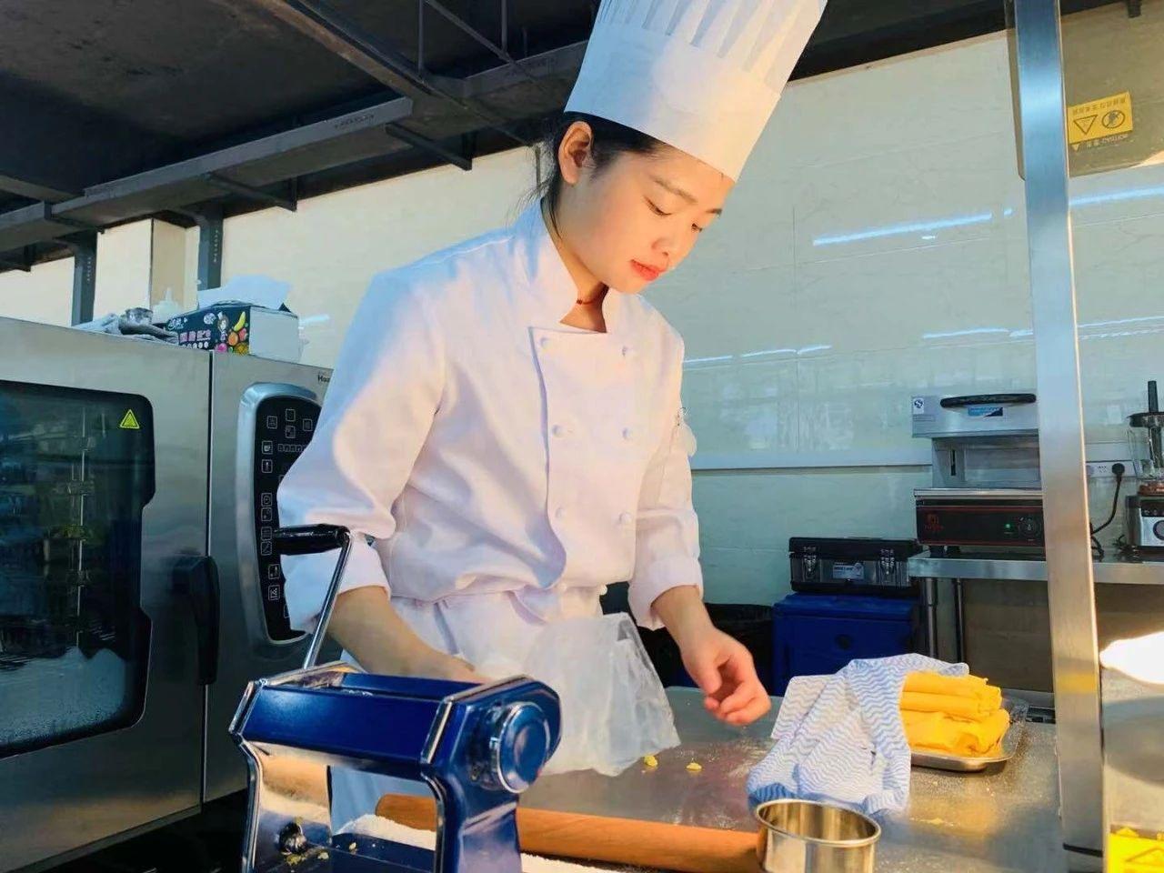 烹饪能手沈思静:技能成才 匠心筑梦