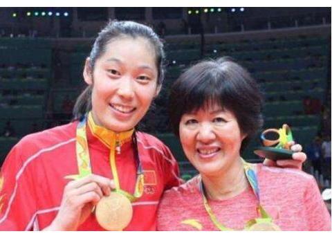 时隔多年,朱婷出国打球的原因浮出水面!球迷:她是我们的骄傲