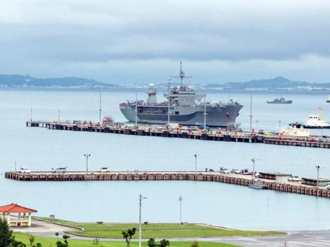 这是有多么害怕病毒,美军第七舰队旗舰在海上躲了70天才靠岸