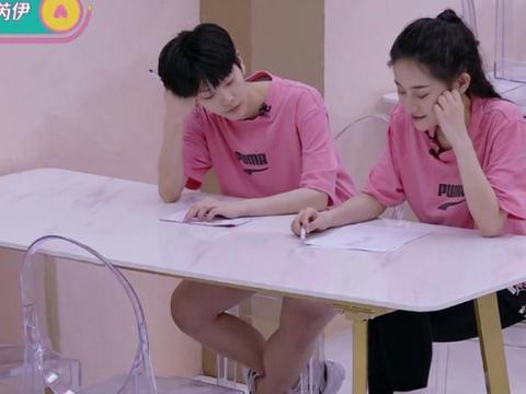 《创3》刘梦首次提起双胞胎姐姐,这才是她选择孙如云的真实原因