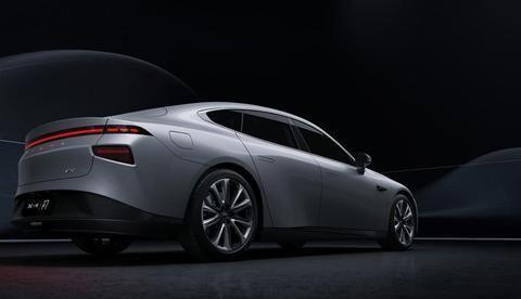 新能源电动汽车小鹏P7,智能轿跑超级续航,享受至新科技体验