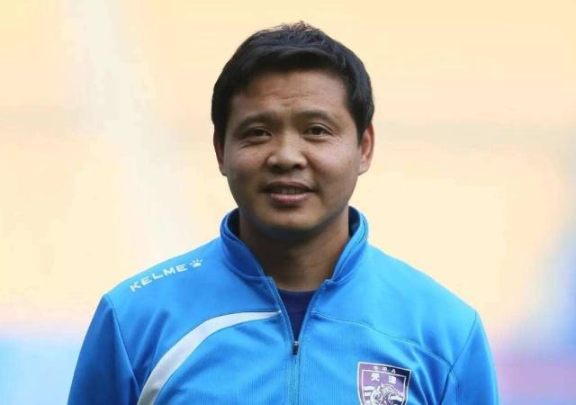 还记得张效瑞吗?当年中国足球最有灵气的球员,他现在怎样了?