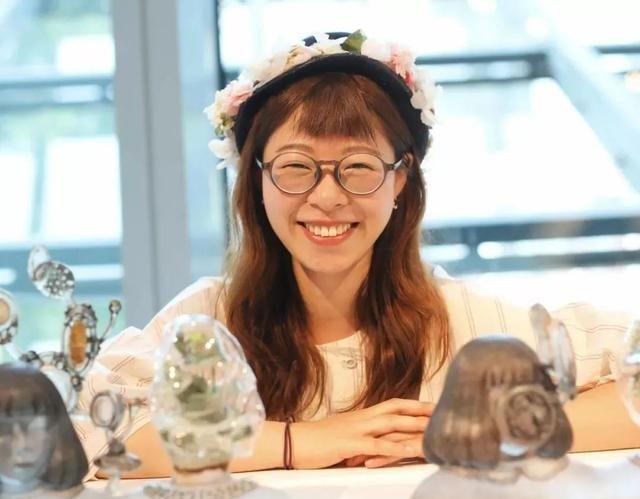 玩玻璃也能壁咚奥斯卡?北京大妞打破日本十年垄断,厉害了!
