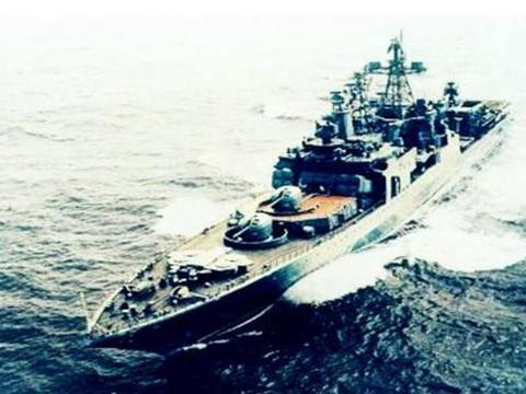 反潜驱逐舰改装成护卫舰,面对北约追杀,谁来保护俄罗斯核潜艇?