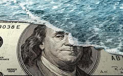 """7500亿美债被抛,它却一手""""拖住""""美债,几月时间增持上万亿?"""