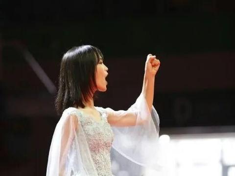 """她从深圳外国语学校保送到清华,荣获""""广东省优秀学生""""称号!"""