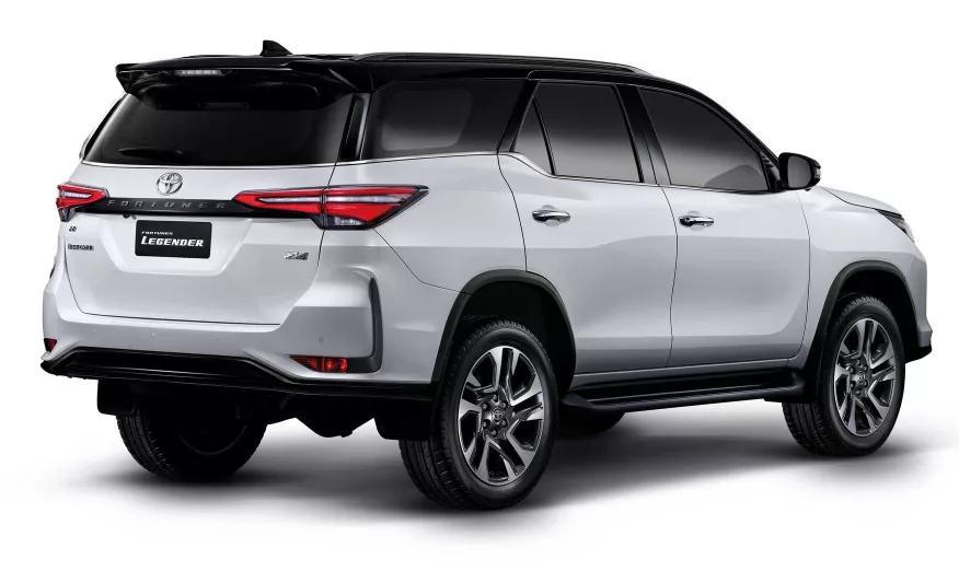 它才是小号霸道!造型运动、配置升级,丰田新款SUV正式曝光