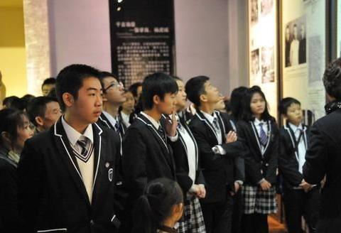 2020年重庆市中考数学模拟卷:难度适中,值得参考……