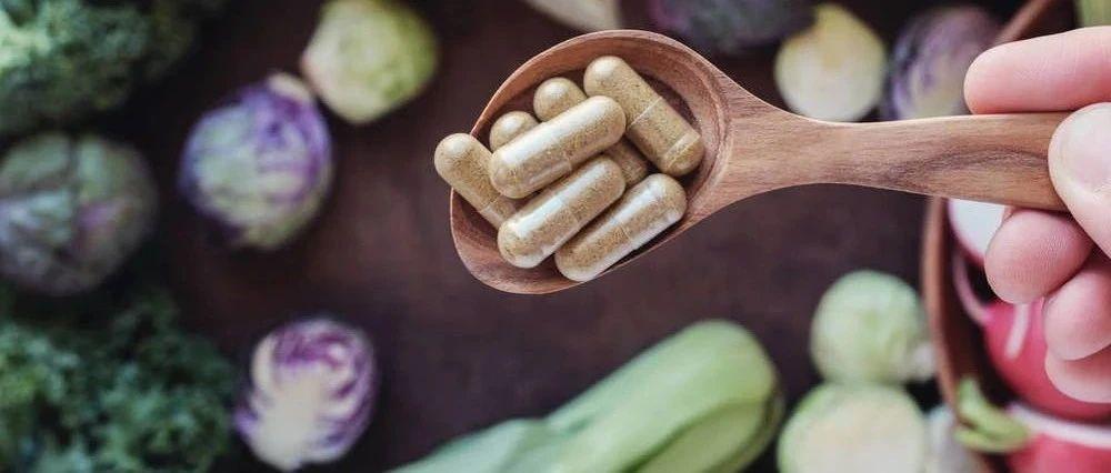 """喝豆浆会诱发乳腺癌吗?女人怎样做好雌激素""""加减法""""?"""