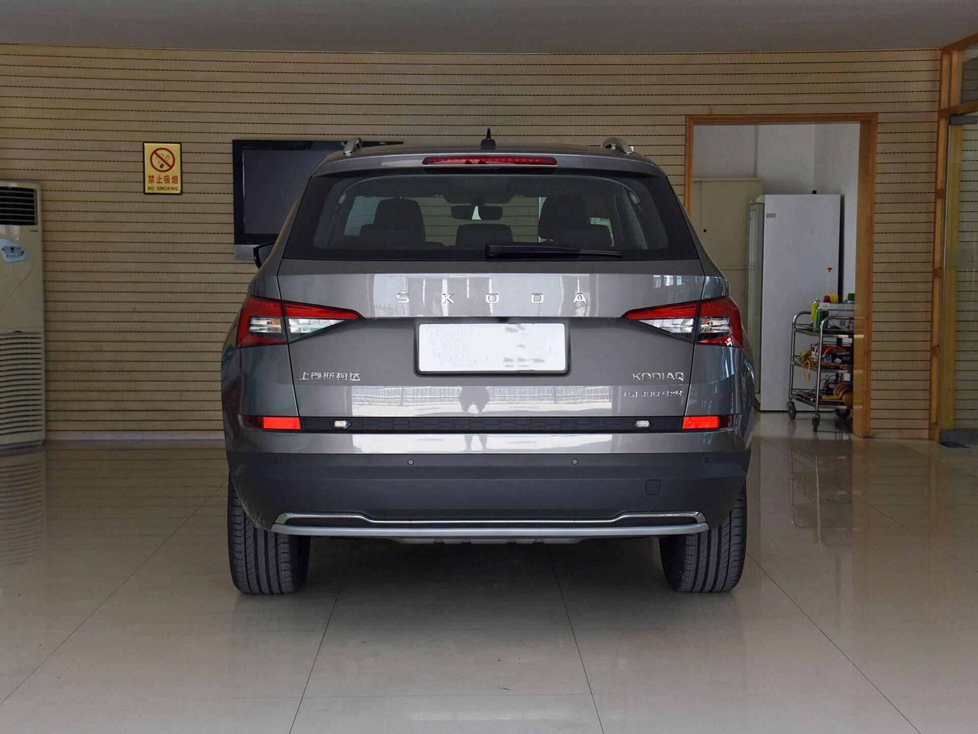 20万还要啥途观L?这七座SUV同为德系出品,配220马力,7.5s破百