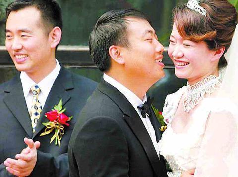 为成就刘国梁,她主动退出国家队又提分手,苦恋14年终成夫妻