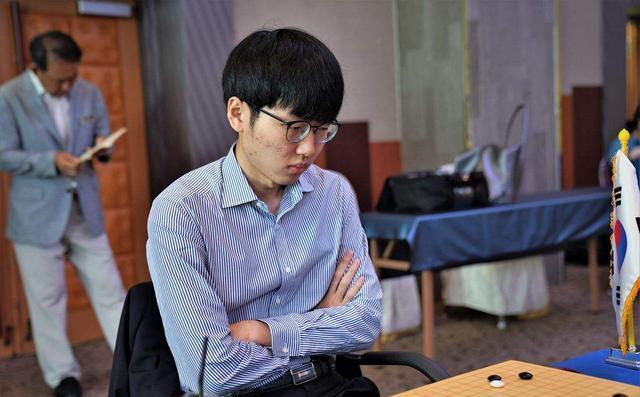 LG杯前8韩国独占6人,柯洁复仇韩国1哥还没完代表中国冲冠