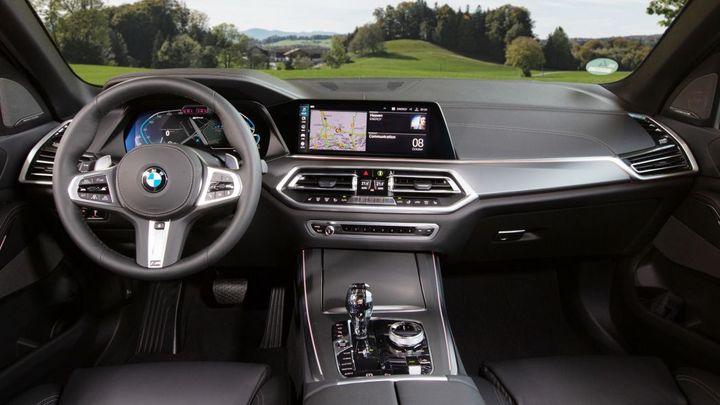 新款宝马X5 PHEV车型曝光 纯电续航里程30英里