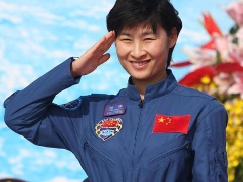 刘洋:她是中国首位女航天员,返航后却鲜有音讯,如今去了哪儿