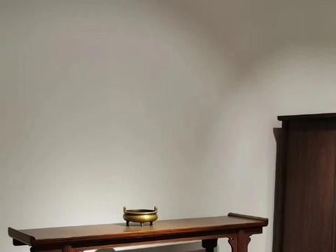 越南黄花梨,夹头榫云纹牙头翘头案,红木家具
