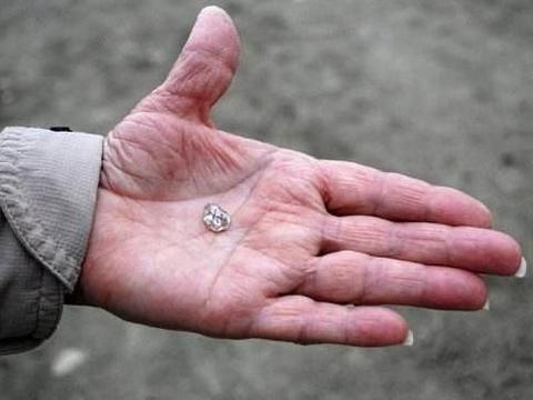 世界最大方的钻石公园,门票只要40元,钻石无论大小捡到就是你的