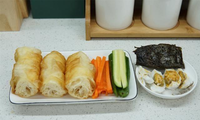 米饭学会这吃法家里大米不够吃了早餐一人一个方便营养