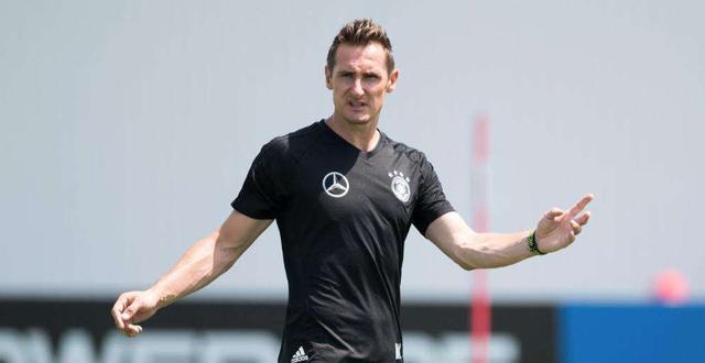 大罗想启用克洛泽执教巴西队,奇怪于勒夫怎么还在执教德国队?