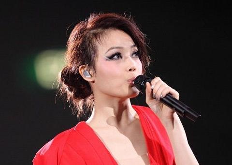 80后女艺人容祖儿,与刘浩龙相恋6年无果,今40岁仍单身原创