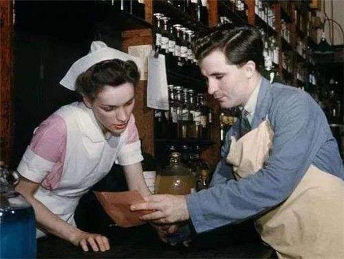 医生发明止痛良药配方却被儿子2300元贱卖现成畅销世界的饮料