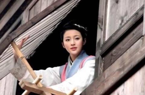 《金瓶梅》:西门庆靠什么赢得潘金莲的芳心?王婆这句话一针见血
