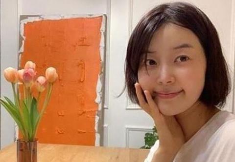 韩智慧的10年主妇生活,为丈夫搬到济州岛,远离李东健获幸福