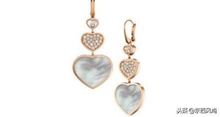 虽然萧邦珠宝的定位很高,但是设计的珠宝却非常的百搭时尚
