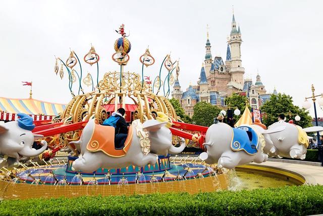 上海迪士尼乐园好玩吗?适合带孩子去吗?带你玩转各类园内设施
