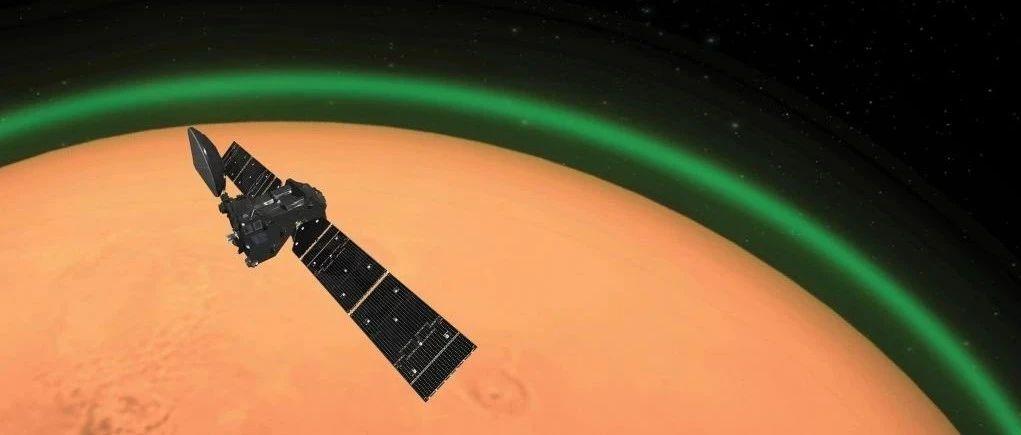 欧空局:火星大气层会发出幽灵般的绿光