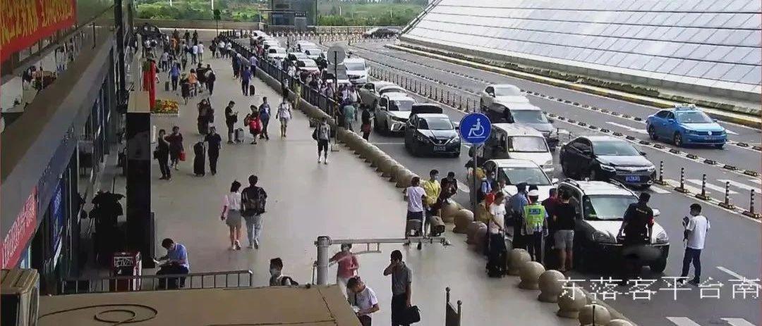 南昌西站1岁女童大中午被反锁车内 20分钟后…
