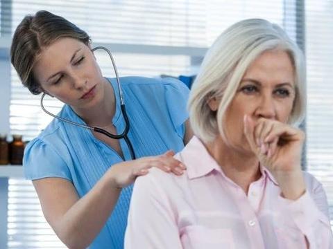 慢性支气管炎有痰,咳喘怎么办?分享3个妙招,喉咙干净变舒服