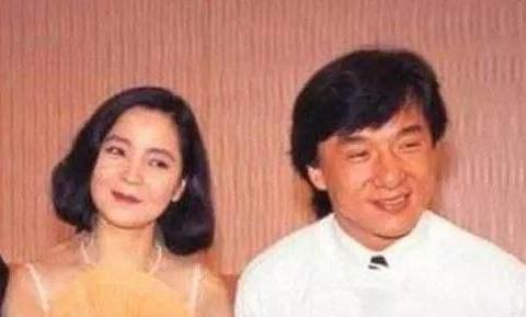 成龙自曝风月事:认识外围女、伤过邓丽君,防了太太林凤娇20年