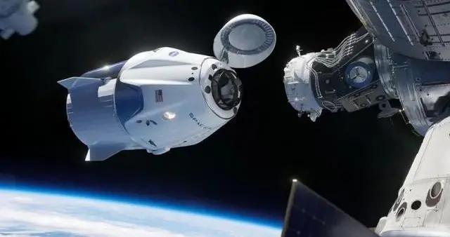 不再求俄罗斯!以后访问国际空间站,可以搭乘龙式飞船不被掐脖子